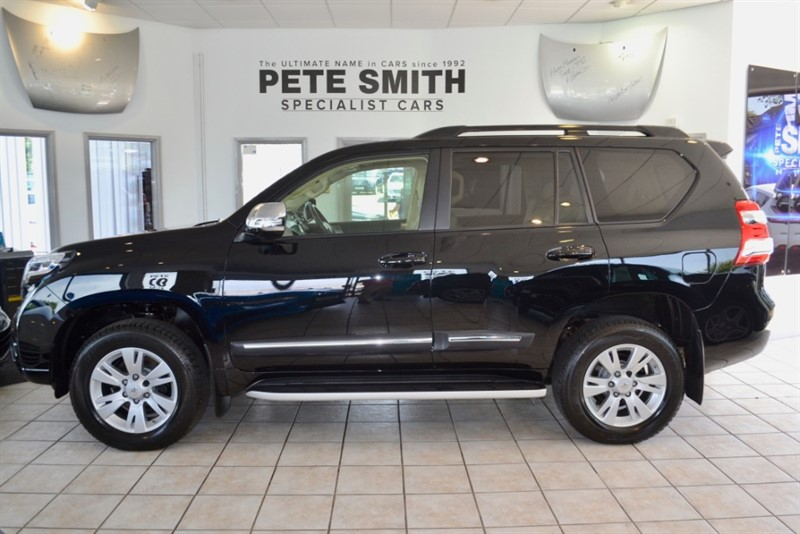 used Toyota Land Cruiser 2.8 D-4D INVINCIBLE AUTOMATIC 7 SEATS 2015/65 ONLY 20000 MILES MASSIVE SPECIFICATION in forest-of-dean-gloucestershire