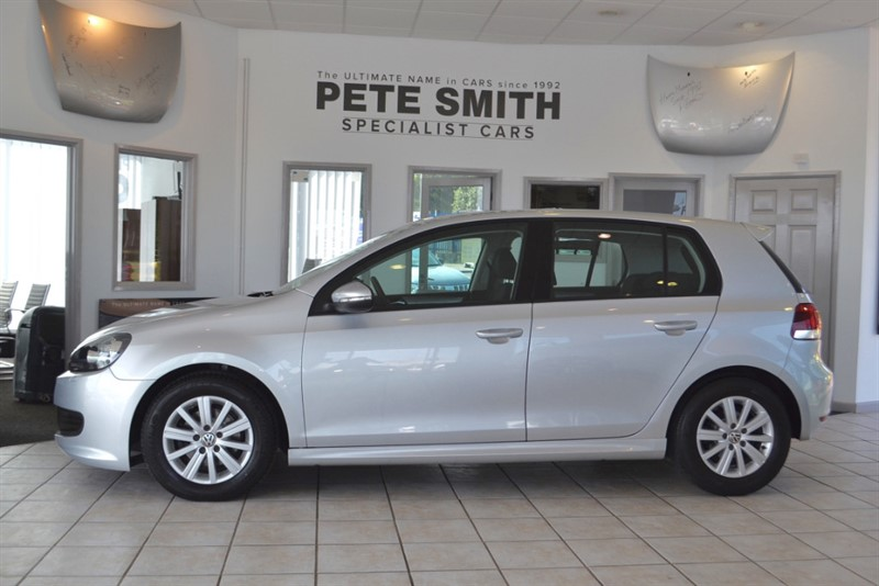 used VW Golf 1.6 S TDI BLUEMOTION 5 DOOR HATCHBACK 2012/12 in forest-of-dean-gloucestershire