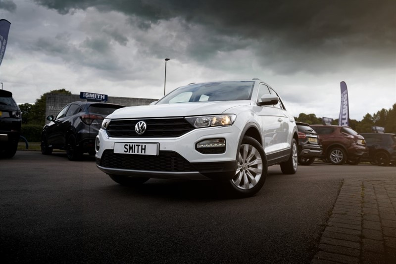 used VW T-Roc 1.5 SE TSI EVO DSG AUTO 5 DOOR ONE OWNER ONLY 6000 MILES APPLE CARPLAY 2019/68 in forest-of-dean-gloucestershire