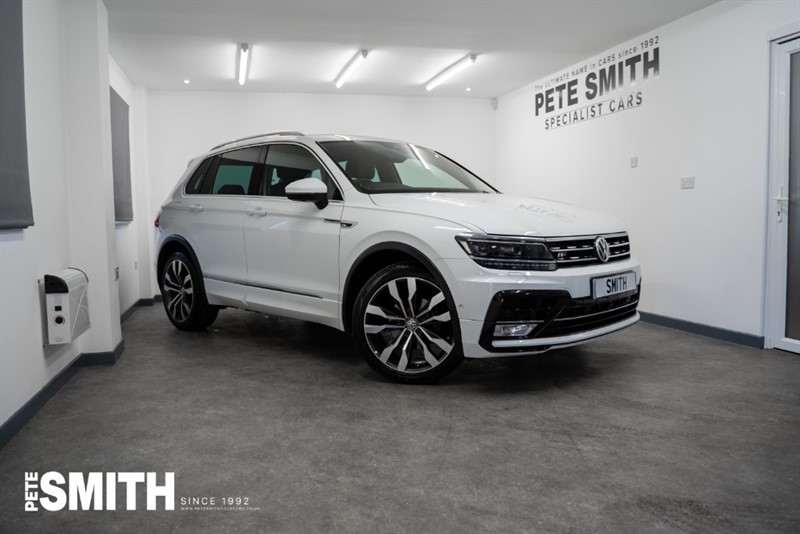used VW Tiguan 2.0 TECH R-LINE TDI  4MOTION 5 DOOR JUST ARRIVED COMING SOON JUST 28000 MILES 2016/66 in forest-of-dean-gloucestershire