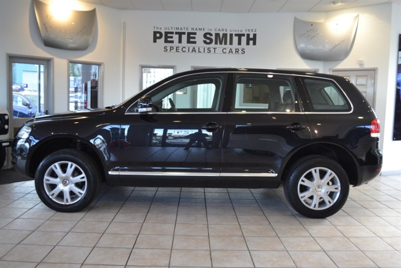 used VW Touareg 2.5 TDI SE SPORT WITH BLACK LEATHER TRIM 2006/55 in forest-of-dean-gloucestershire