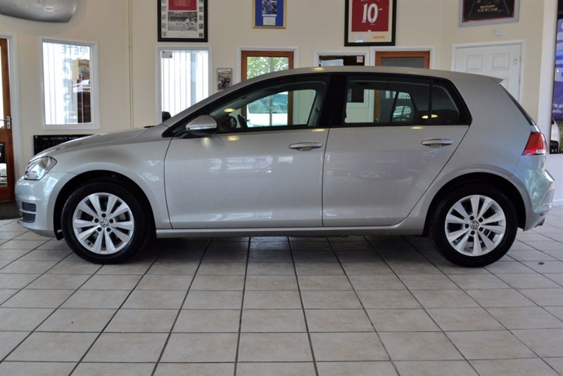 used VW Golf SE 2.0 TDI BLUEMOTION TECHNOLOGY DSG AUTOMATIC WITH £30 A YEAR ROAD TAX in forest-of-dean-gloucestershire