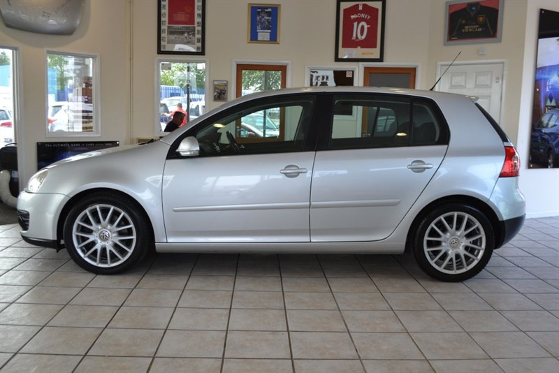 used VW Golf 2.0 GT TDI COMPLETE WITH SERVICE HISTORY in forest-of-dean-gloucestershire