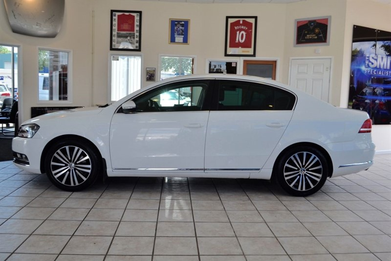 used VW Passat 2.0 SPORT TDI BLUEMOTION TECHNOLOGY COMPLETE WITH FULL SERVICE HISTORY in forest-of-dean-gloucestershire