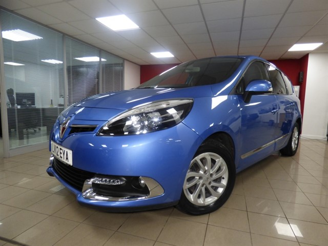 used Renault Scenic GRAND DYNAMIQUE TOMTOM ENERGY DCI S/S in aberdare