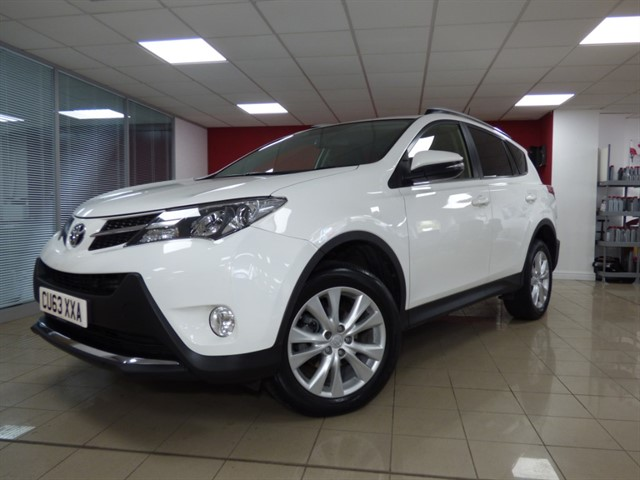 used Toyota RAV4 D-4D INVINCIBLE AWD in aberdare