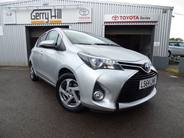 used Toyota Yaris Hybrid Icon in aberdare