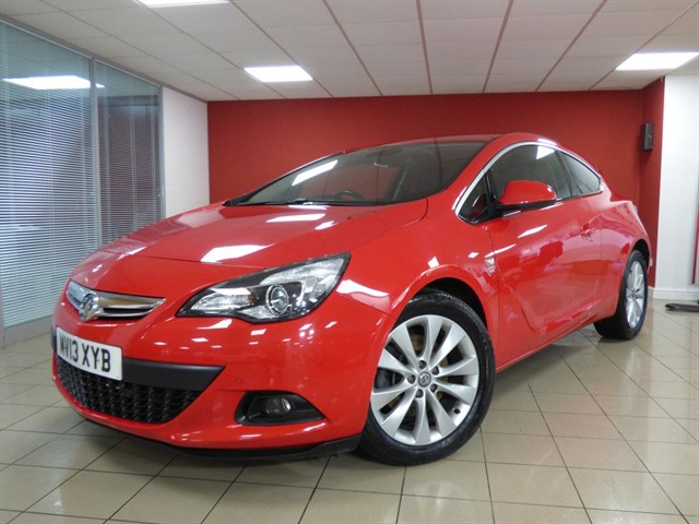 used Vauxhall Astra GTC SRi CDTi S/S in aberdare