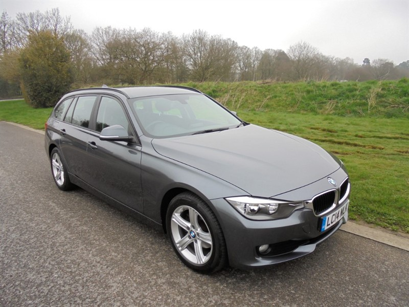 used BMW 318d SE TOURING AUTO in surrey