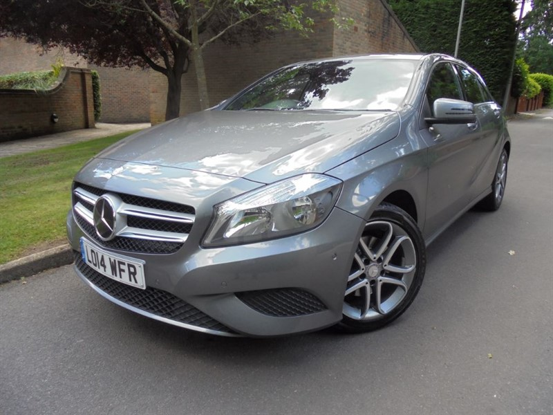used Mercedes A180 BLUEEFFICIENCY SPORT AUTO in surrey