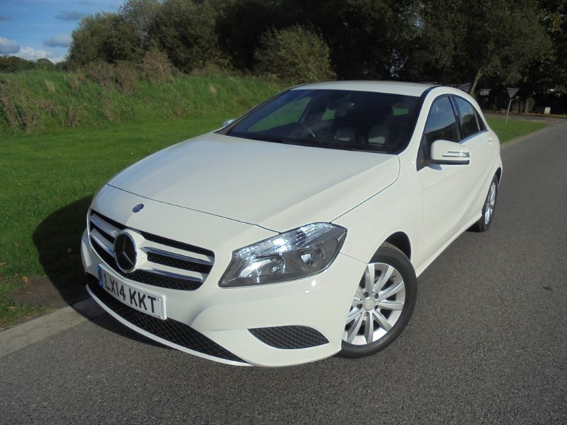 used Mercedes A180 BLUEEFFICIENCY SE AUTO in surrey