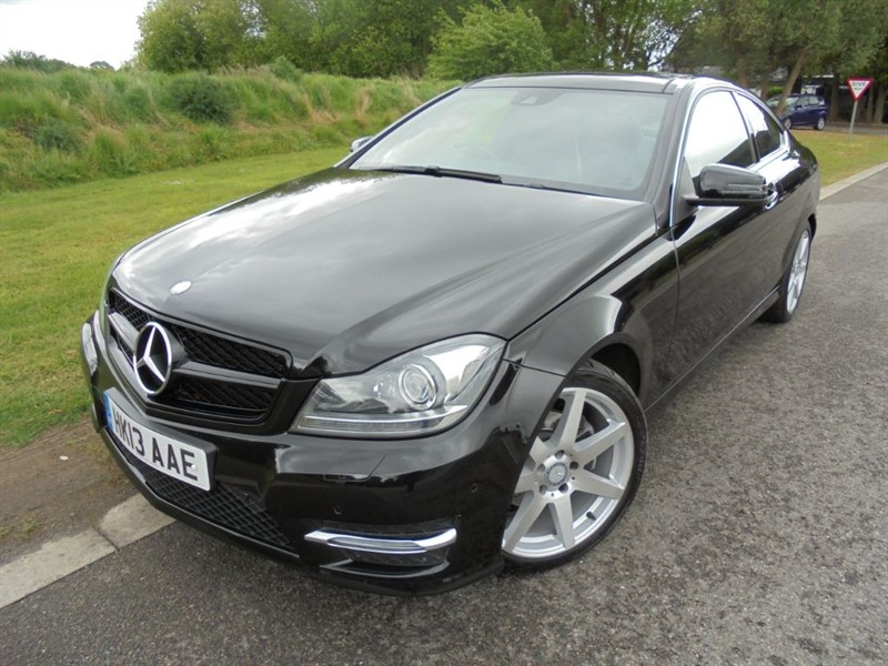 used Mercedes C180 BLUEEFFICIENCY AMG SPORT AUTO in surrey