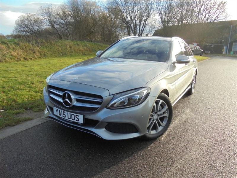 used Mercedes C200 SPORT 2.0 AUTO ESTATE in surrey