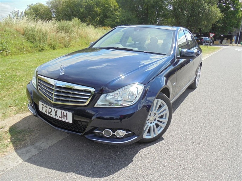 used Mercedes C220 CDI BLUEEFFICIENCY ELEGANCE AUTO in surrey