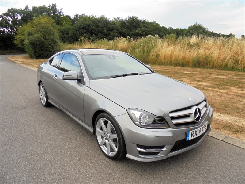 used Mercedes C220 CDI AMG SPORT EDITION PREMIUM PLUS AUTO in surrey