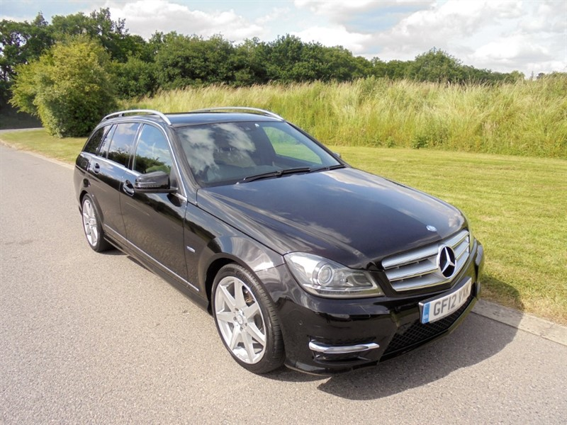 used Mercedes C220 CDI BLUEEFFICIENCY SPORT AUTO ESTATE in surrey