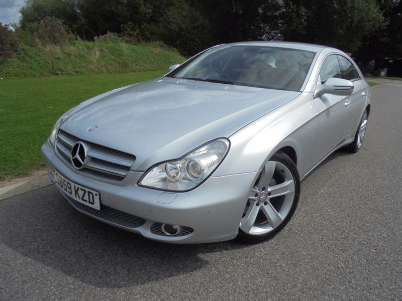 used Mercedes CLS CLS350 CDI AUTO in surrey