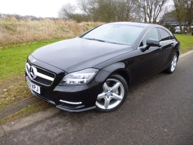 used Mercedes CLS CLS350 CDI BLUEEFFICIENCY AMG SPORT AUTO in surrey