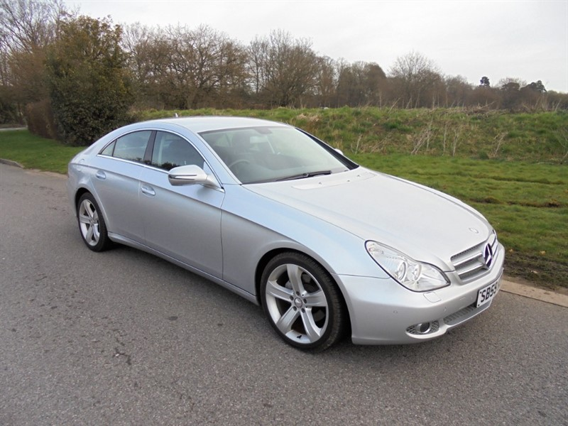 used Mercedes CLS350 CDI AUTO in surrey