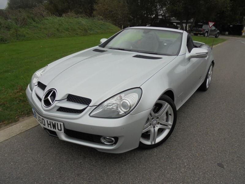used Mercedes SLK SLK200 KOMPRESSOR AUTO in surrey
