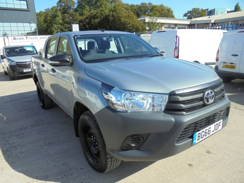 used Toyota  HI-LUX ACTIVE 4WD D-4D DCB in bristol