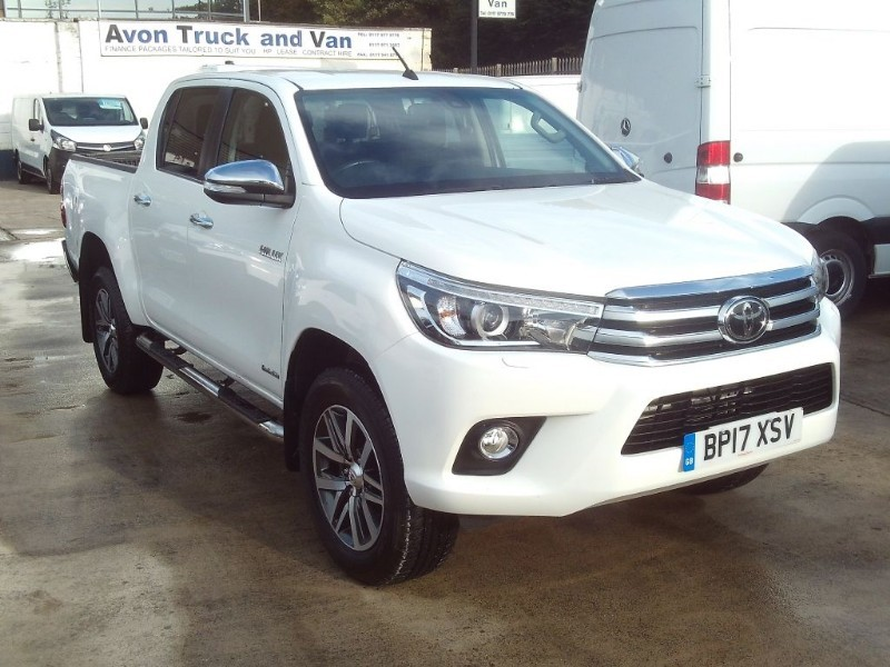 used Toyota  HI-LUX INVINCIBLE 4WD D-4D DCB in bristol