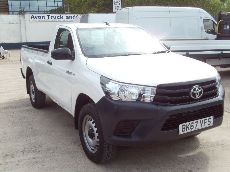 used Toyota  HI-LUX ACTIVE 4WD D-4D S/C in bristol