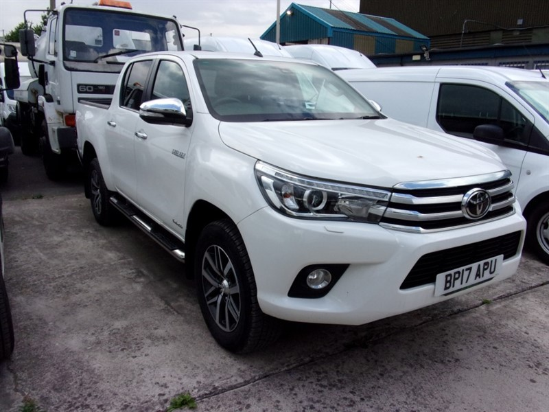 used Toyota Hilux INVINCIBLE 4WD D-4D DCB in bristol