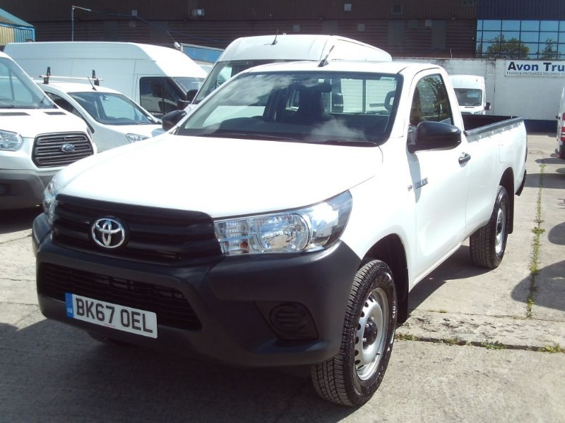 used Toyota Hilux HI-LUX SINGLE CAB ACTIVE 4WD D-4D S/C in bristol
