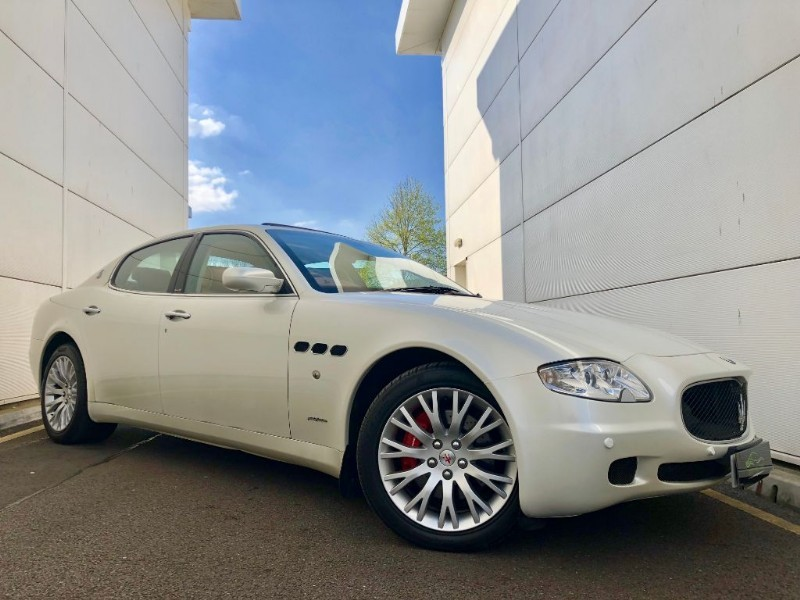 used Maserati Quattroporte V8 SPORT GT (SPORT PACK ,SPECIAL OUT OF RANGE COLOUR, HI SPEC, 2 OWNERS ) in cardiff-glamorgan