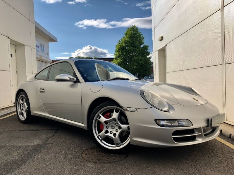 used Porsche 911 CARRERA 4 S (WOW)(HIGH SPEC MANUAL LOW MILES FSH) in cardiff-glamorgan