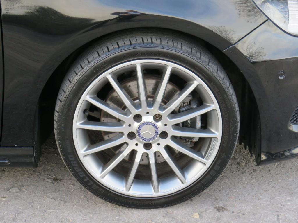 Mercedes A220
