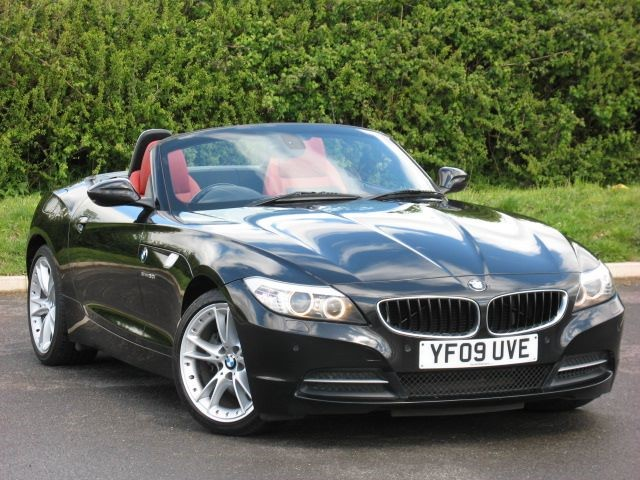 used BMW Z4 SDRIVE30I ROADSTER in swindon-wiltshire