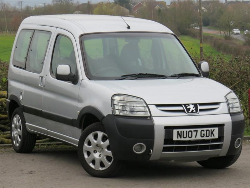 used Peugeot  HDI COMBI ESCAPADE in swindon-wiltshire