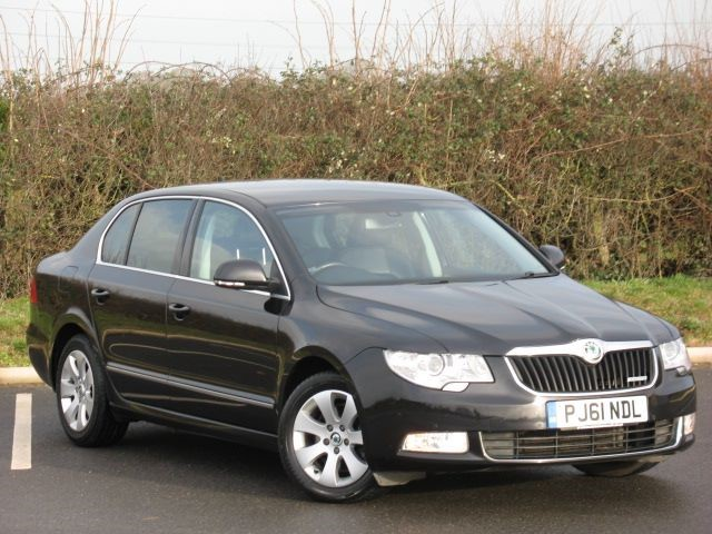 used Skoda Superb ELEGANCE GREENLINE II TDI CR in swindon-wiltshire