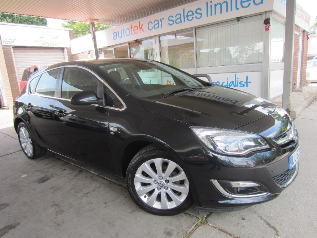 used Vauxhall Astra ELITE in surrey