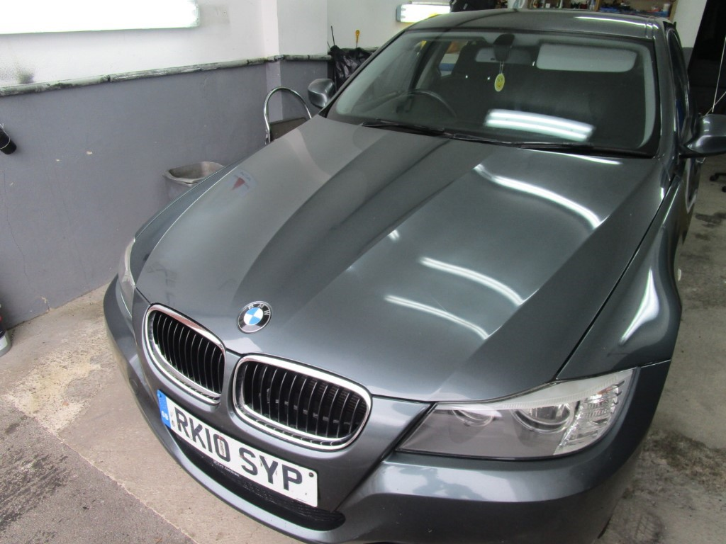 used BMW 320d ES in surrey