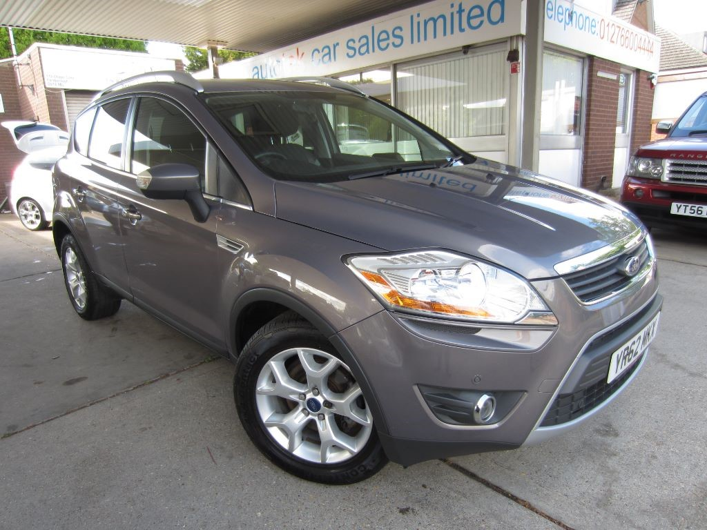 used Ford Kuga ZETEC TDCI 2WD in surrey