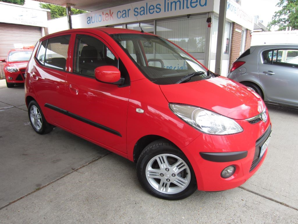 used Hyundai i10 COMFORT in surrey
