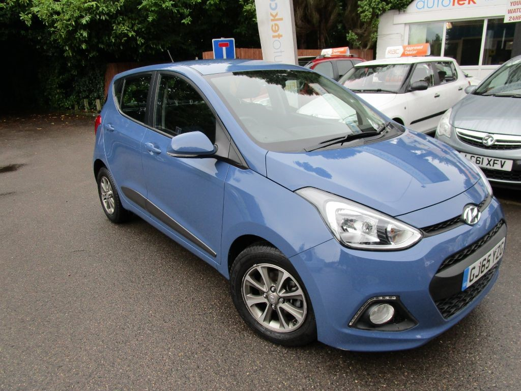 used Hyundai i10 PREMIUM in surrey