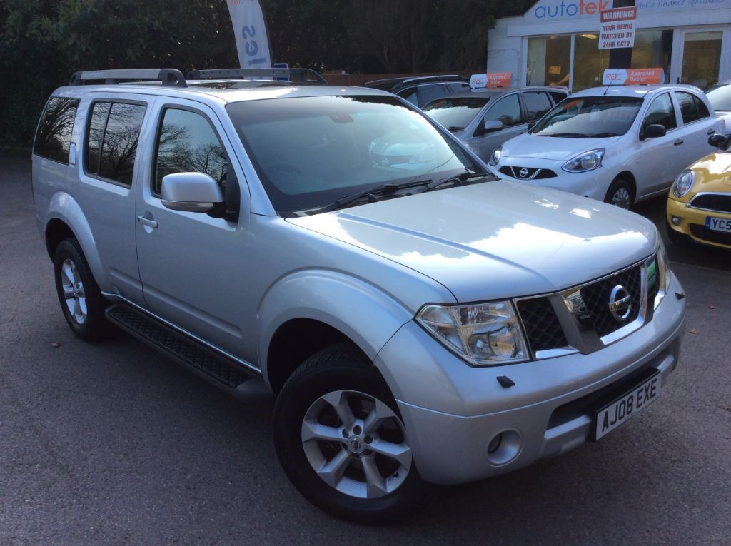 used Nissan Pathfinder AVENTURA DCI in surrey