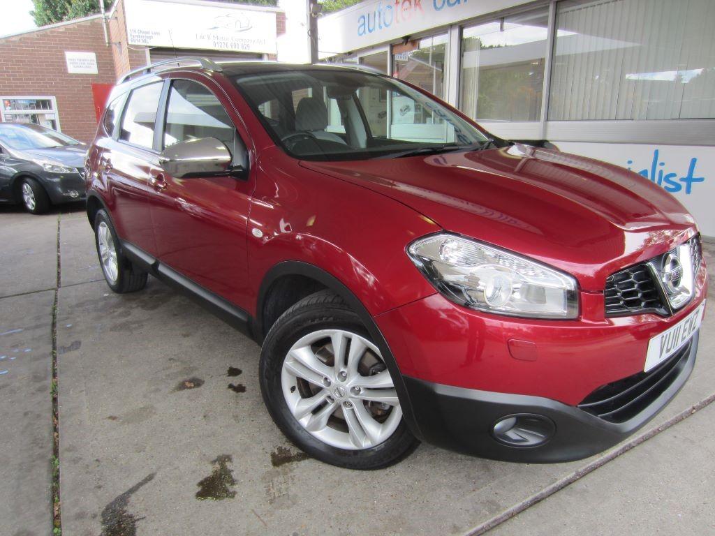 used Nissan Qashqai+2 TEKNA in surrey