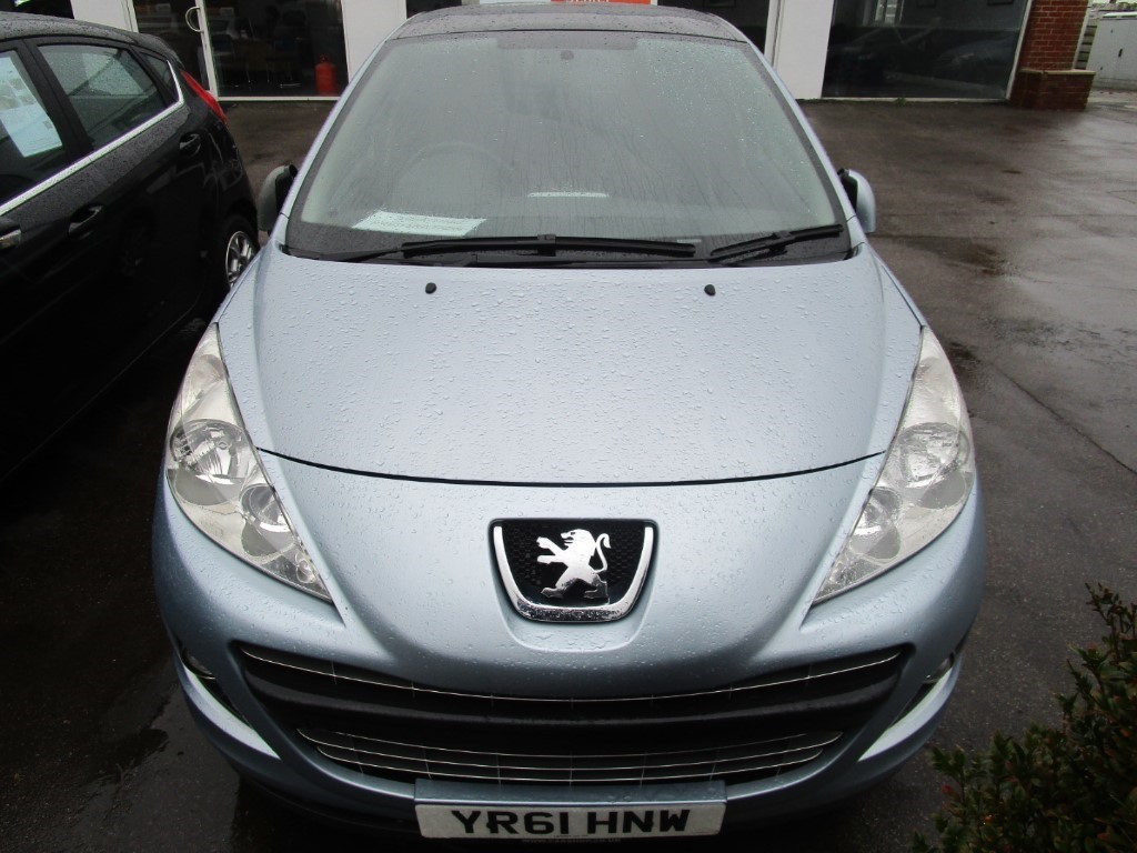 used Peugeot 207 HDI ALLURE in surrey