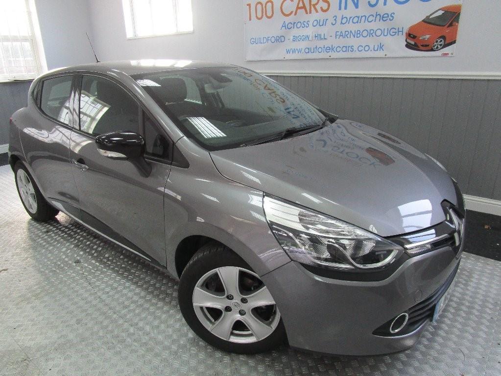 used Renault Clio DYNAMIQUE MEDIANAV in surrey