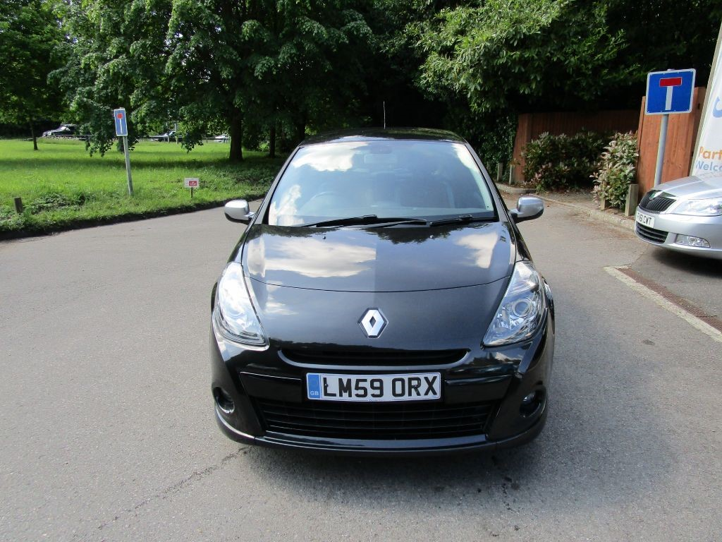 used Renault Clio GT in surrey