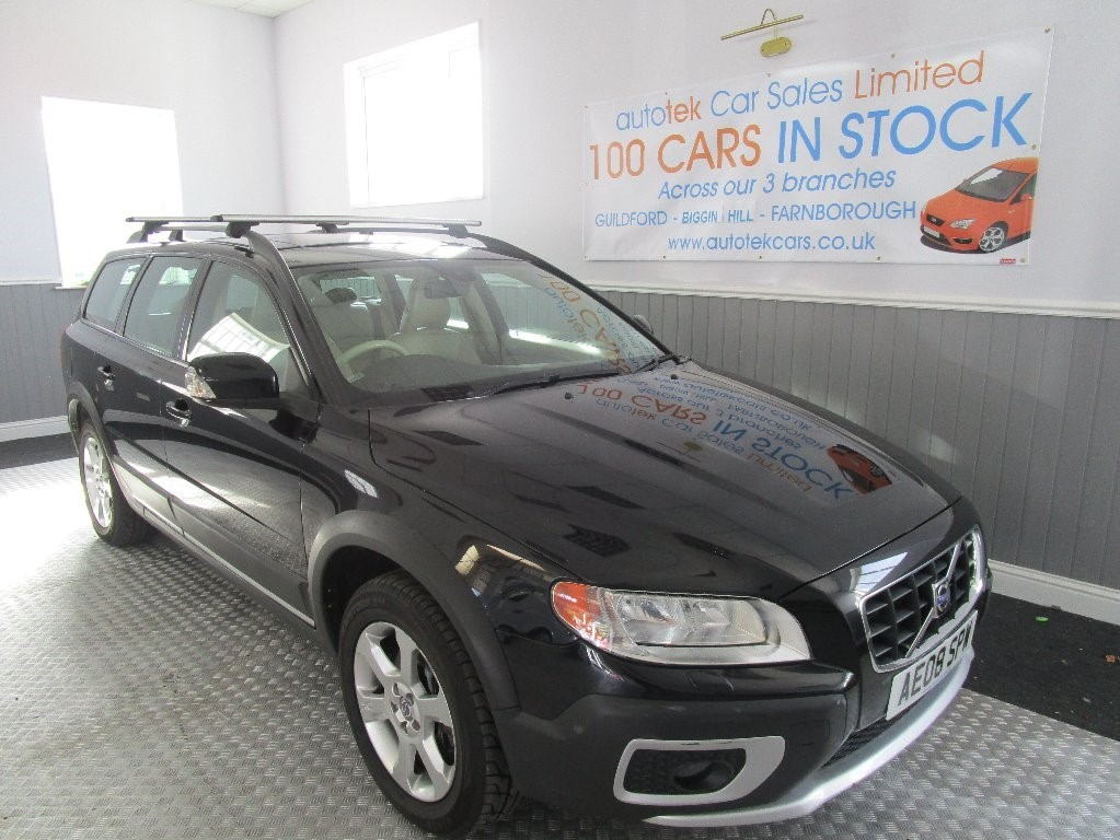 used Volvo XC70 D5 SE AWD in surrey