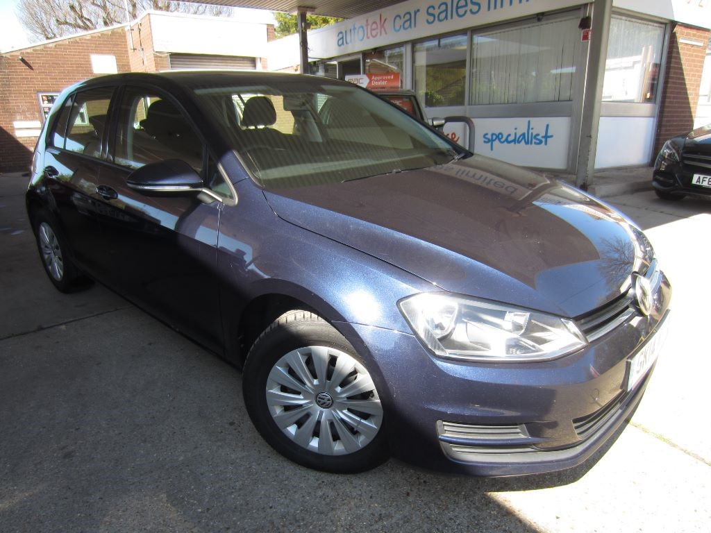 used VW Golf S TDI BLUEMOTION TECHNOLOGY in surrey