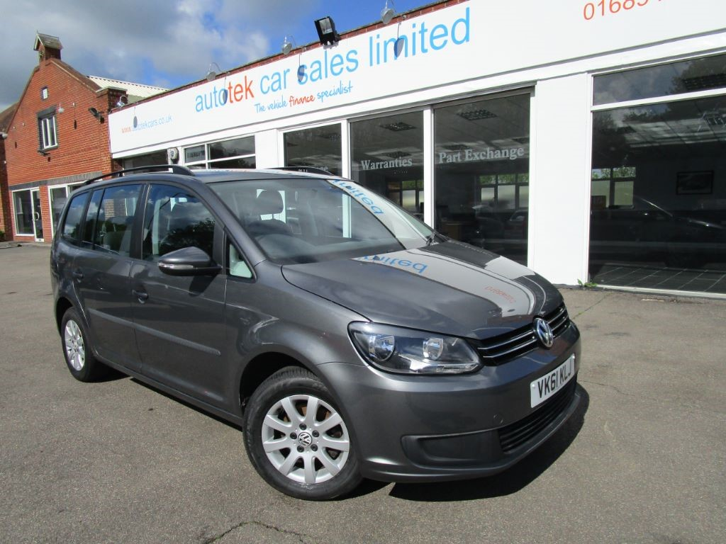 used VW Touran S TSI BLUEMOTION TECHNOLOGY in surrey