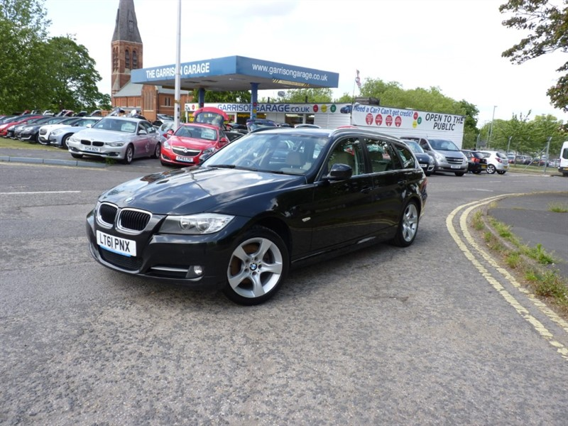 used BMW 318d EXCLUSIVE EDITION TOURING in hampshire-and-surrey