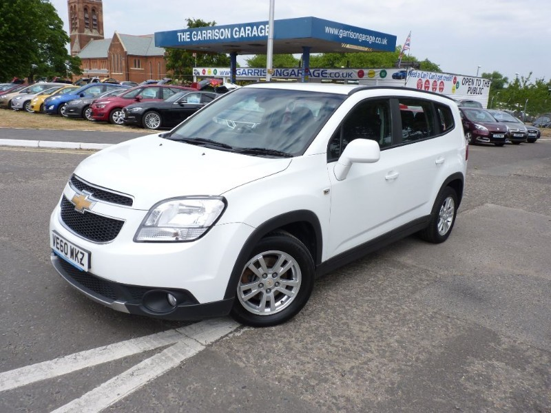 used Chevrolet Orlando LT VCDI in hampshire-and-surrey